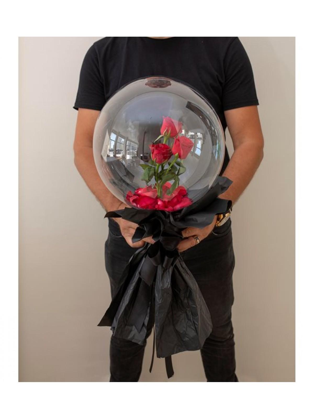 Şeffaf Balon İçerisinde Güller